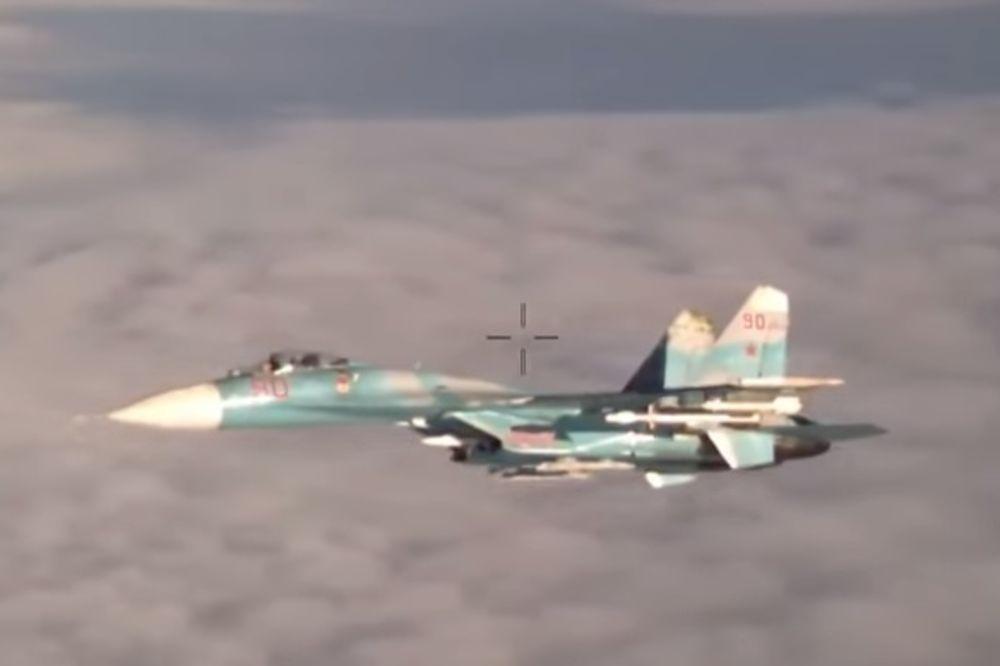 (VIDEO) UHVAĆEN U AKCIJI: Ruski suhoj presreće portugalski izviđački avion!