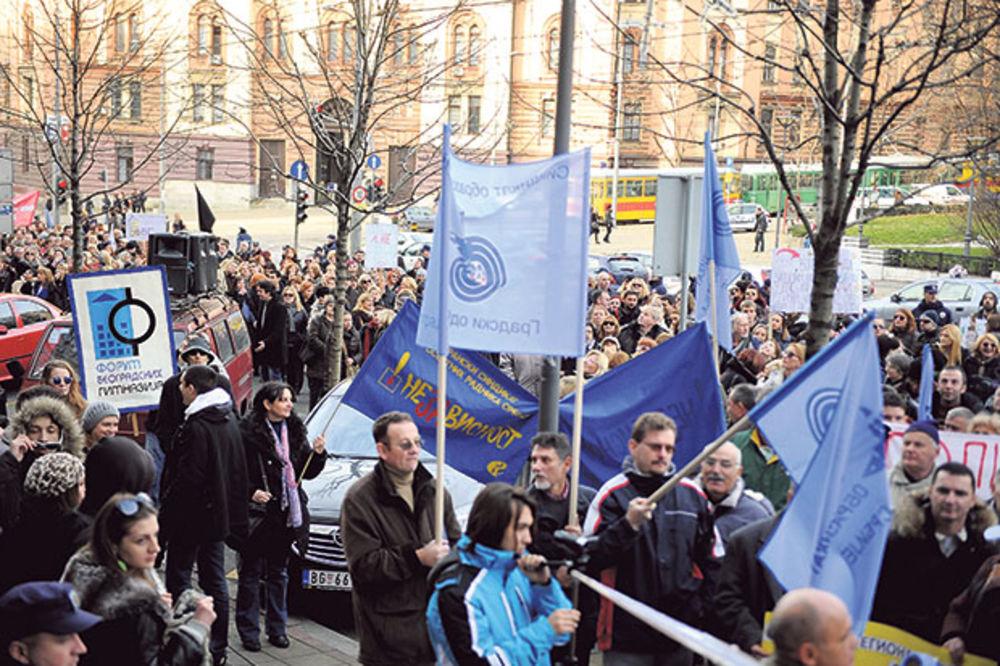 SINDIKATI PROSVETE: Očekujemo 4.500 ljudi na Svetosavskom maršu!