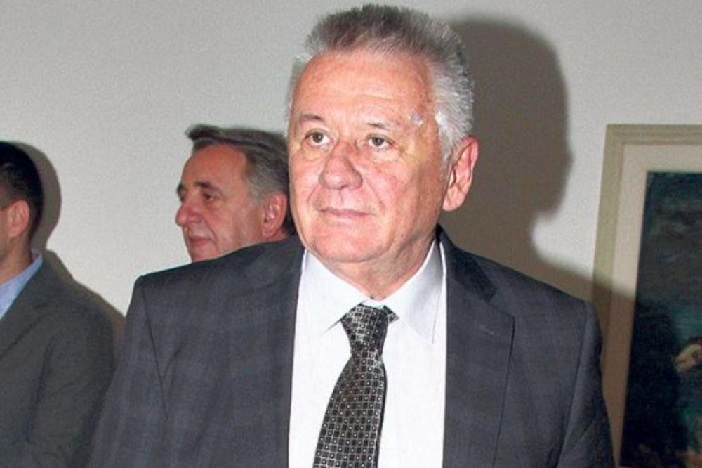Velimir Ilić: Stiže pomoć za poplavljene