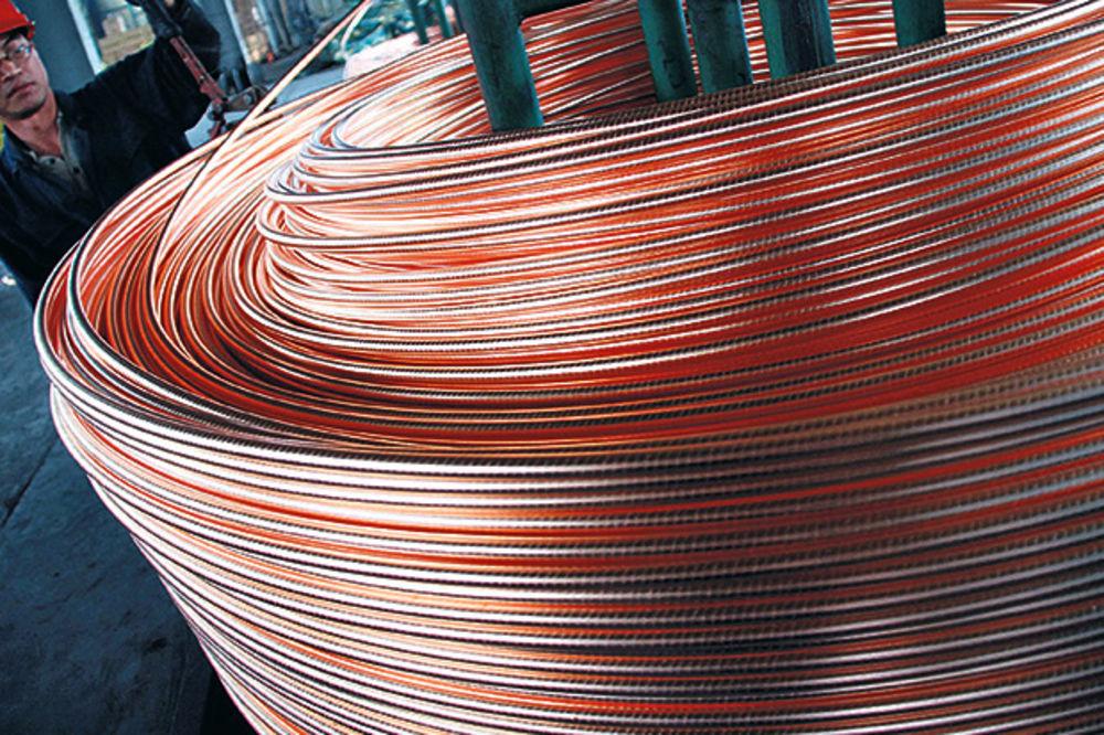 BAKAR: Cena crvenog metala u padu, zalihe na LME sve veće