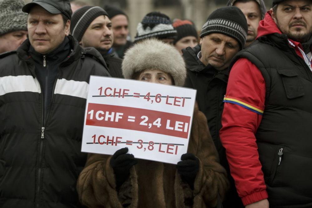 I RUMUNI OČAJNI ZBOG ŠVAJCARCA: Banke nas izigrale, smišljeno nam nudile kredite u francima