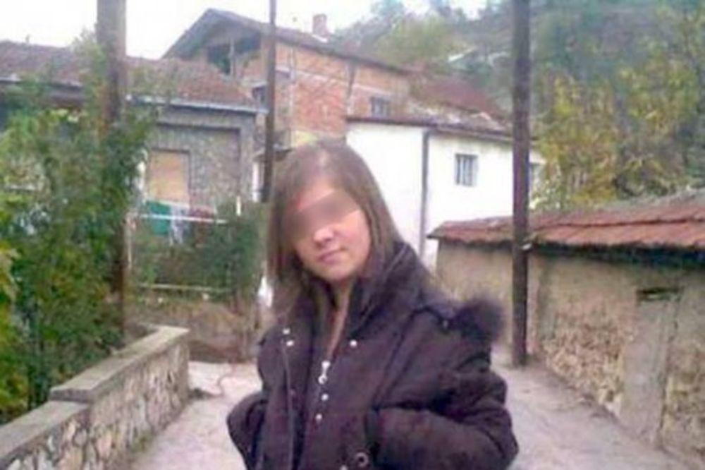 DEVOJČICE, DA NISI NEŠTO ZABORAVILA: Bosanka sve šokirala kada je izašla na ulicu ovako obučena