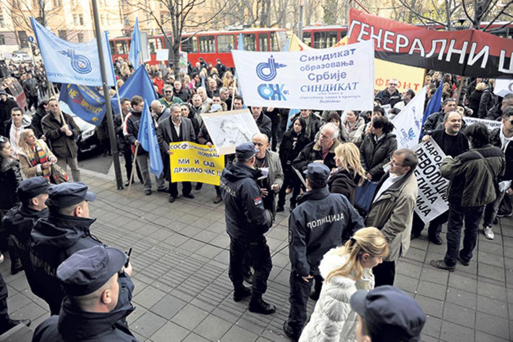 PROTEST: Prosvetari danas na ulici!