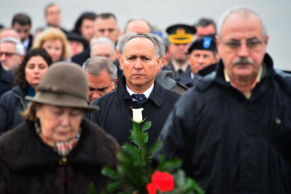 AMBASADOR LEVI: Nikolić me dirnuo govorom