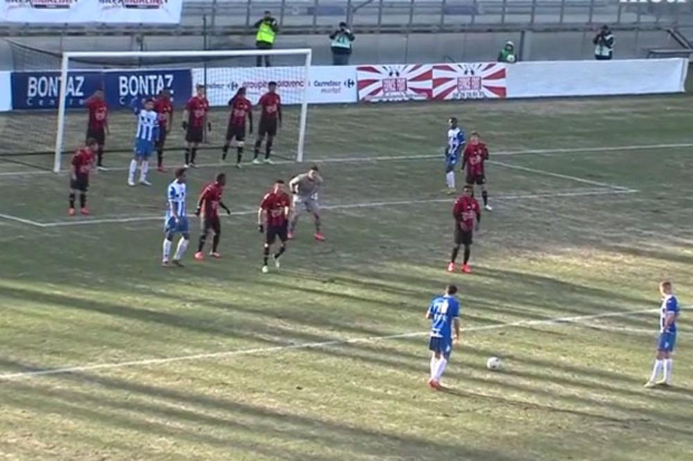 (VIDEO) SVET OVO JOŠ NIJE VIDEO: Pogledajte živi zid fudbalera Nice kroz koji lopta ne može da prođe
