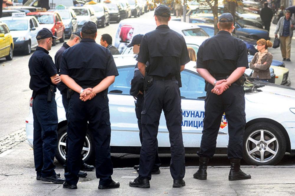 OGORČENA JAVNOST: Komunalna policija maltretira Beograđane