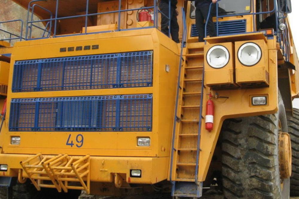 JEZIVA TRAGEDIJA U RUDNIKU BAKRA BOR: Damper od 200 tona pregazio radnicu (52)