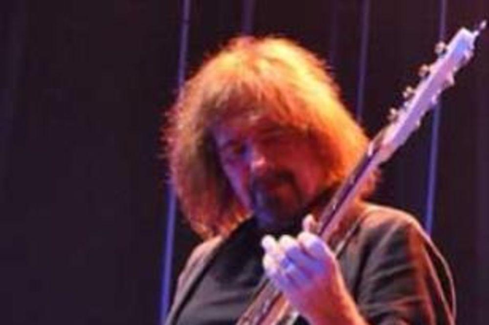 VANDALIZAM: Basista Blek Sabata uhapšen zbog tuče u baru