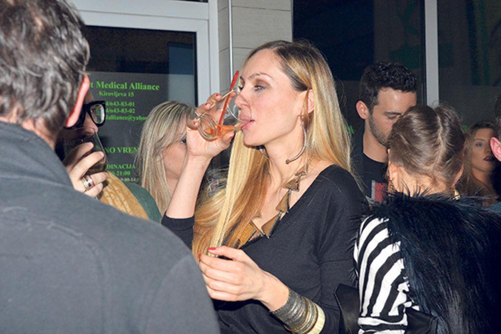 NA EKS: Jelena Gavrilović se opijala s mužem
