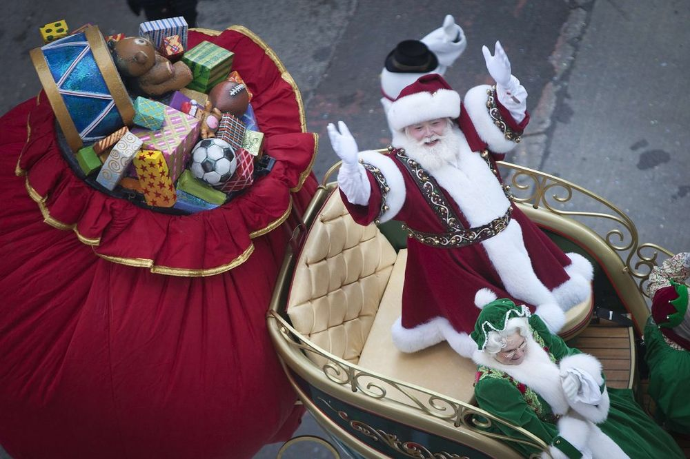 ISTRAGA U IRSKOJ: Poštari uništili devojčici (3) veru da će Deda Mraz dobiti njeno pismo