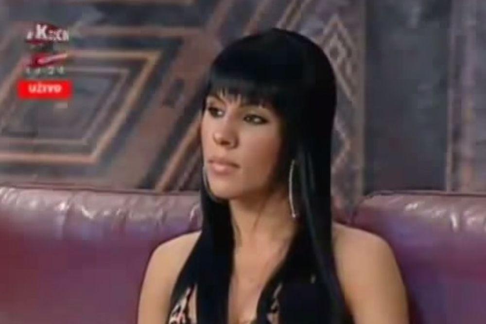 (VIDEO) DNO DNA: Gledalac uživo u emisiji pitao Sandru Afriku za koliko bi mu...