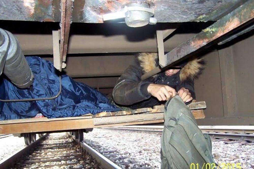 KRVAVI BIZNIS: Bande zaradile 15 milijardi evra od šverca imigranata, na putu ih umrlo 29.000!