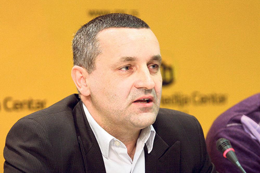 NE ODUSTAJE: Linta pisao Platiniju zbog Šukerovog izbora u UEFA