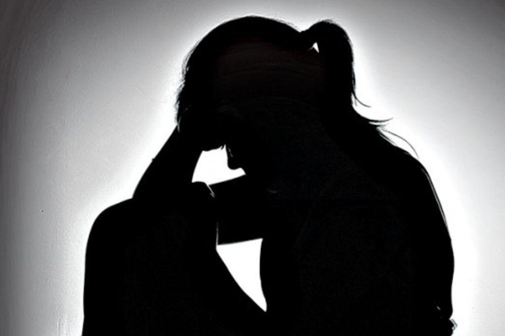 STRAŠNO: Obesila se tinejdžerka kod Novog Grada