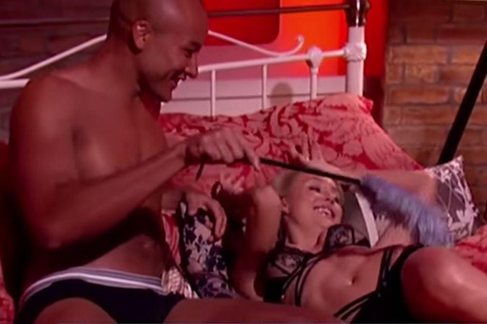 (VIDEO) ONI SU ZAPALILI INTERNET: Usred Jutarnjeg programa simulirali seks