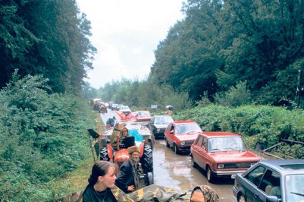 PARASTOS ZA ŽRTVE: Dan sećanja na progon Srba na mostu kod Sremske Rače