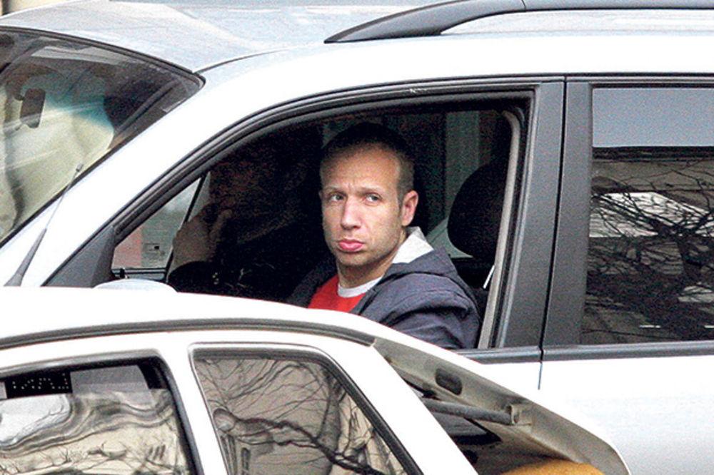 KALINIĆ POD TRAUMOM ZBOG SAOBRAĆAJKE: Voditelj ne seda za volan, ima svog šofera!