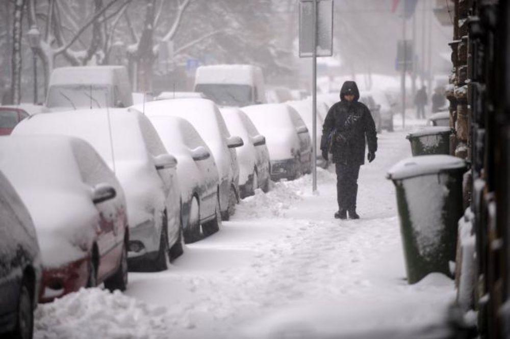 CRVENI ALARM NA BALKANU: Snežna oluja opet udara Jadran i istočnu Hercegovinu