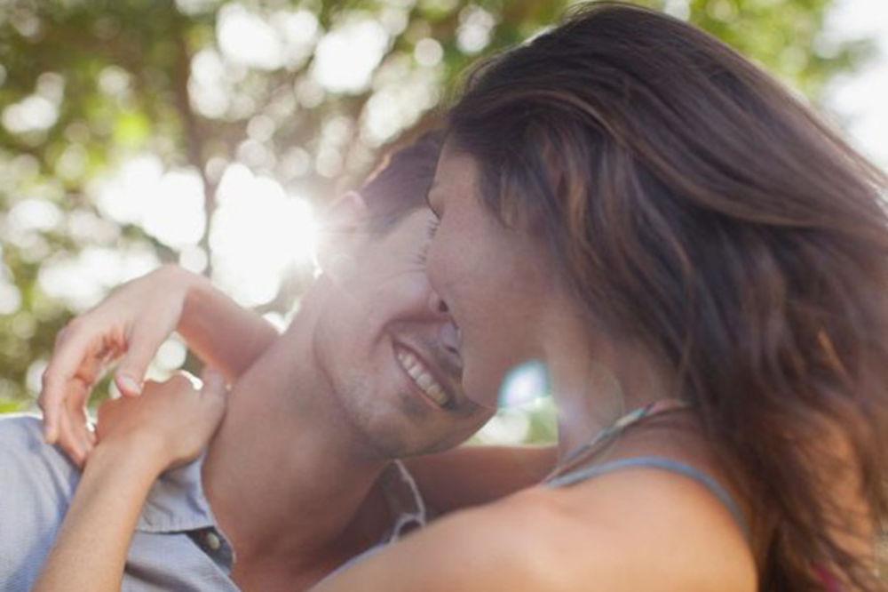 LJUBAVNE MANE: Lav je navučen na flert, a Vaga ne prestaje da se žali