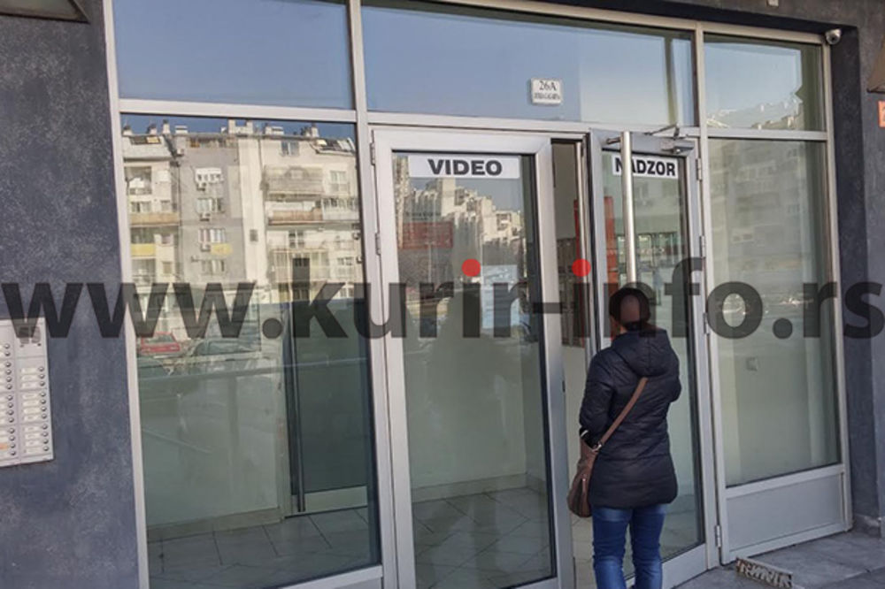(FOTO) SAČEKUŠA NA NOVOM BEOGRADU: Crnogorac ubijen iz automatske puške u garaži!