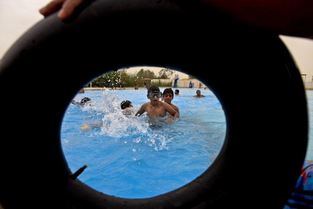 PONIŽAVAJUĆE: Kvalitet bazena određuju po broju stranaca na njima!