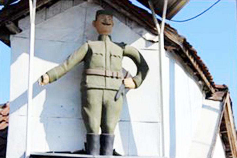 BRUKA I SRAMOTA: Vandali oskrnavili spomenik borcu Kolubarske bitke u Jagodini