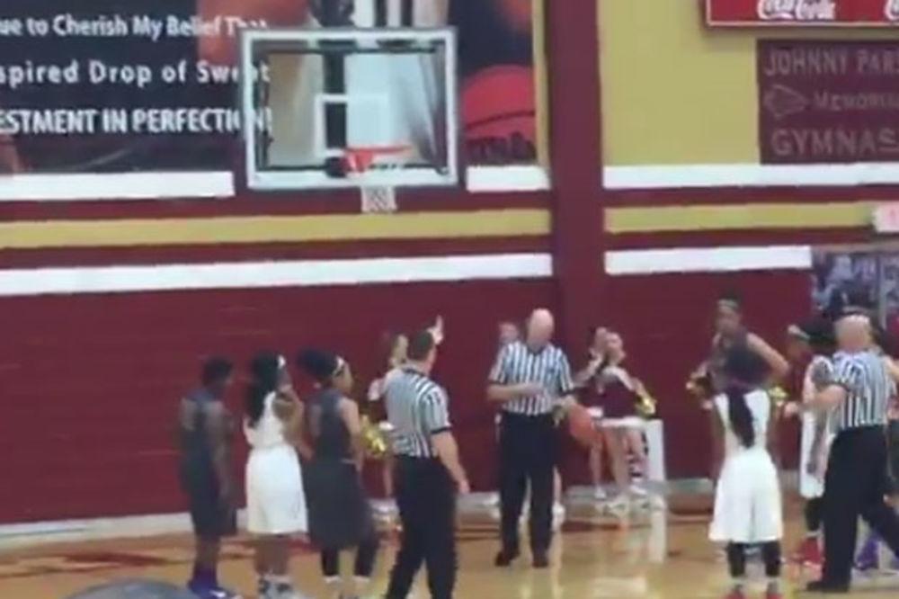 (VIDEO) NIKO NIJE ŽELEO DA POBEDI: Da li je ovo najčudniji meč u istoriji košarke?