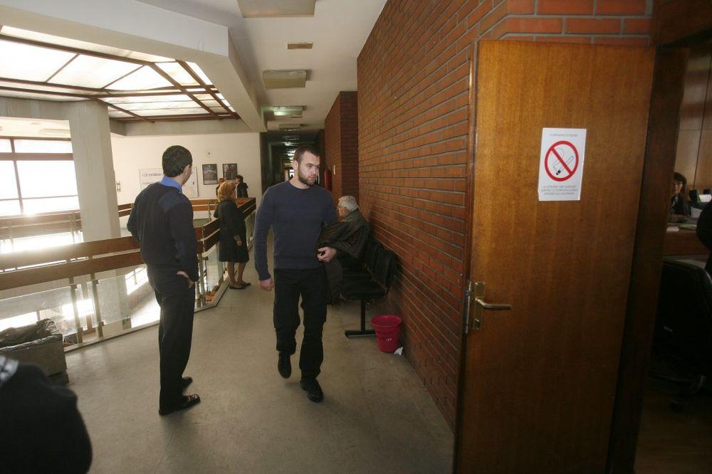 IZOSTAO SVEDOK: Odloženo suđenje Urošu Mišiću za tuču sa marincima