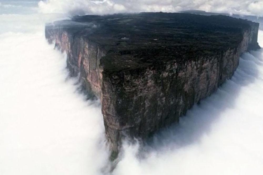 (VIDEO, FOTO) OVAKO IZGLEDA RAJ NA ZEMLJI: 10 neverovatnih mesta za koje niste znali da postoje!