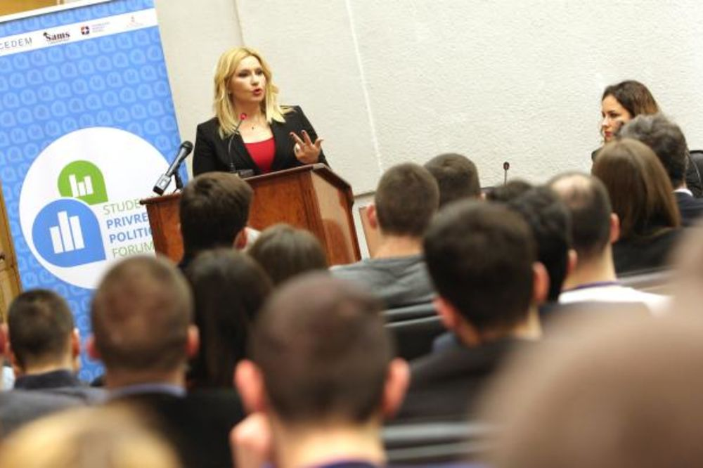 Mihajlovićeva: U Srbiji danas svaki drugi mlad čovek nezaposlen
