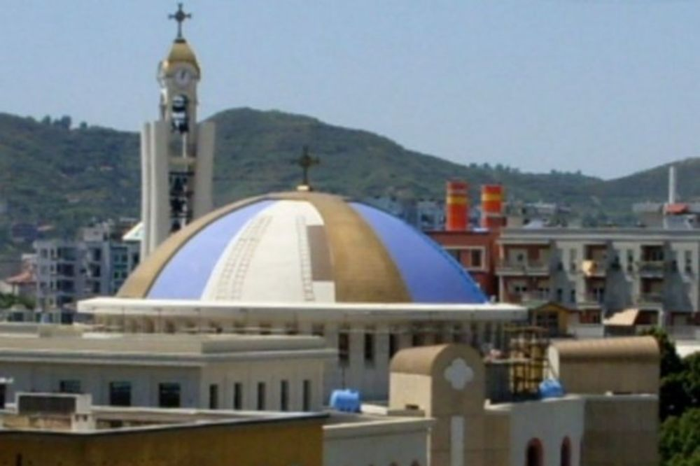 POLA MILIONA ALBANACA SU PRAVOSLAVCI: Crkva u velikom uzletu ponosi se manastirima i crkvama!