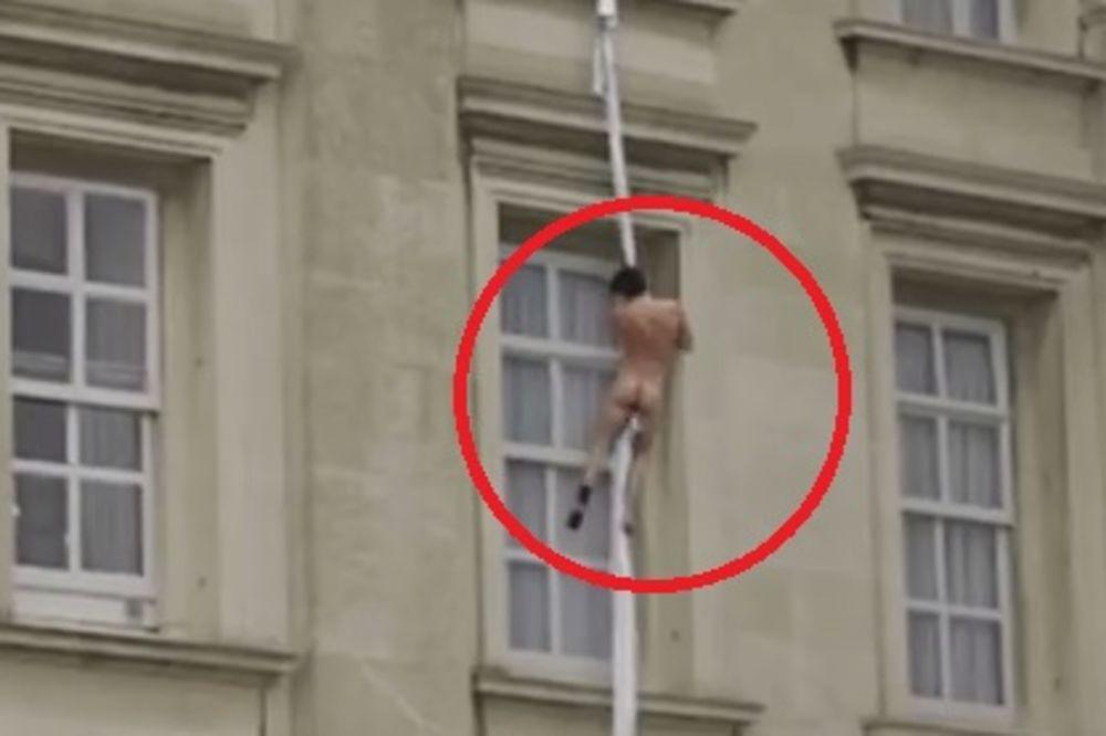 (UZNEMIRUJUĆI VIDEO) BRITANIJA U ŠOKU: Go bežao kroz prozor kraljičine palate, pa pao!