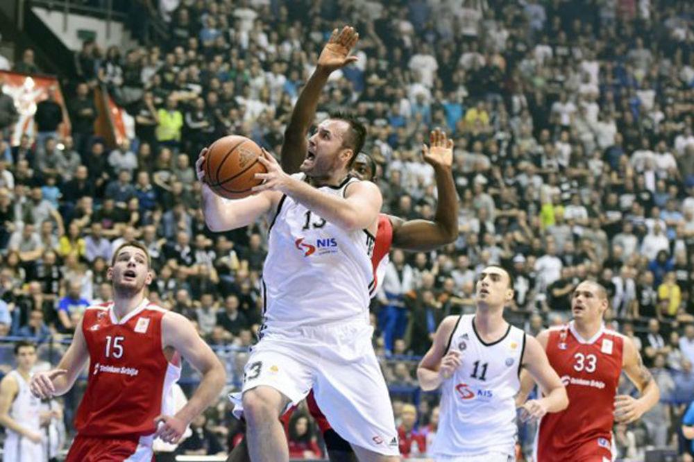(VIDEO) CRNO-BELI VEČITI DERBI: Košarkaši Partizana prvi put ove sezone savladali Zvezdu