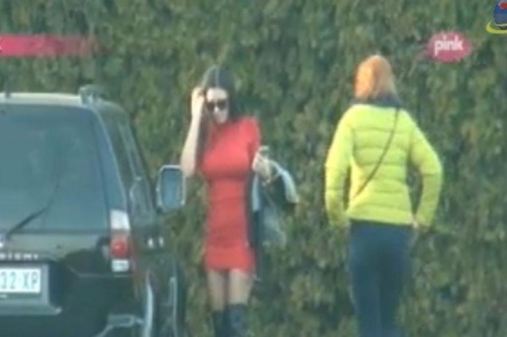 (FOTO, VIDEO) STANIJA SE VRATILA: Smršala i pokazala novo seksi izdanje!