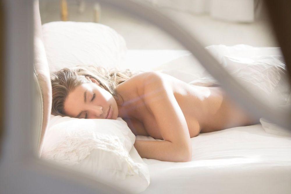 NAPALJENI SMO I GUBIMO KILOGRAME: 10 stvari koje naš organizam radi dok mi spavamo!