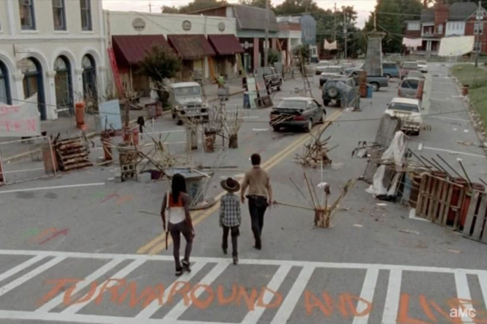 (FOTO I VIDEO) KUPITE GRAD IZ NAJPOPULARNIJE SERIJE NA EBAY: Deo zombi istorije za 500.000 dolara