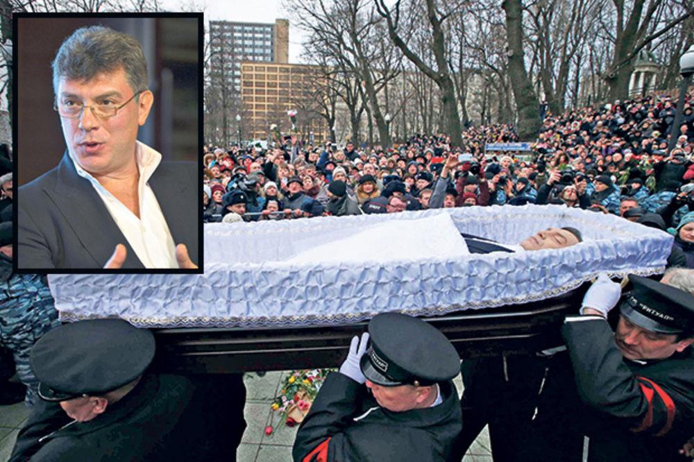 SAHRANJEN U MOSKVI: Pucanj u Nemcova je pucanj u demokratiju