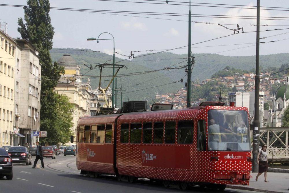 SARAJLIJE UZNEMIRENE: Eksplodirala bomba u Skenderiji