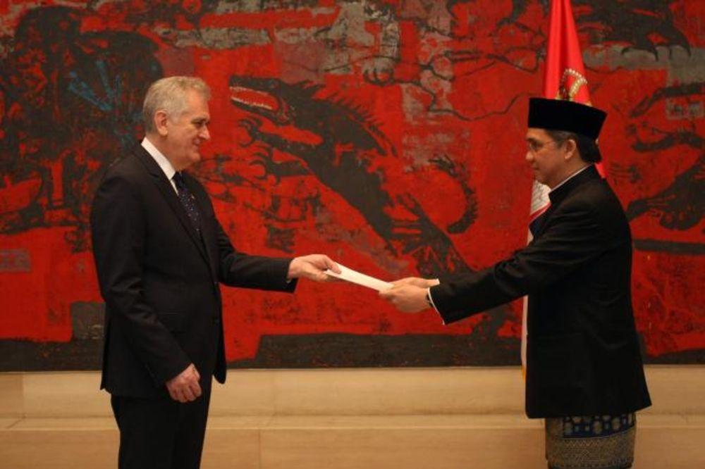 AKREDITIVI: Nikolić primio novog ambasadora Indonezije