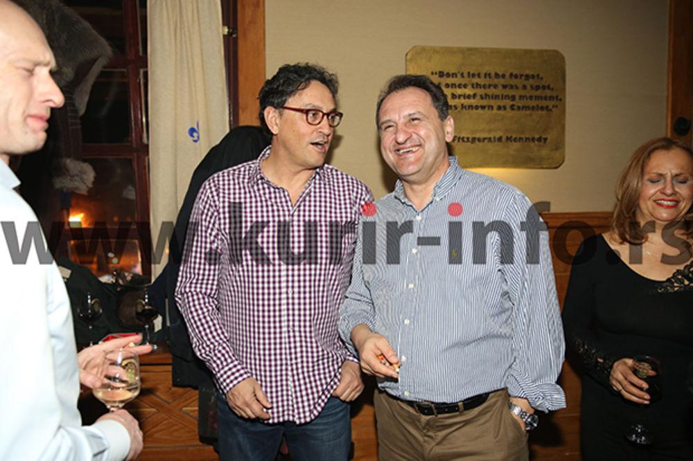 (FOTO) ZAPEVAO DUET VLAHOVIĆ-PITIĆ: Ovako se provode učesnici Biznis foruma!