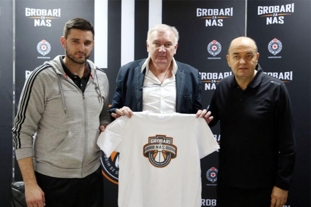 Grobari za Partizan: Igraju Kecman, Avdalović, Milojević...
