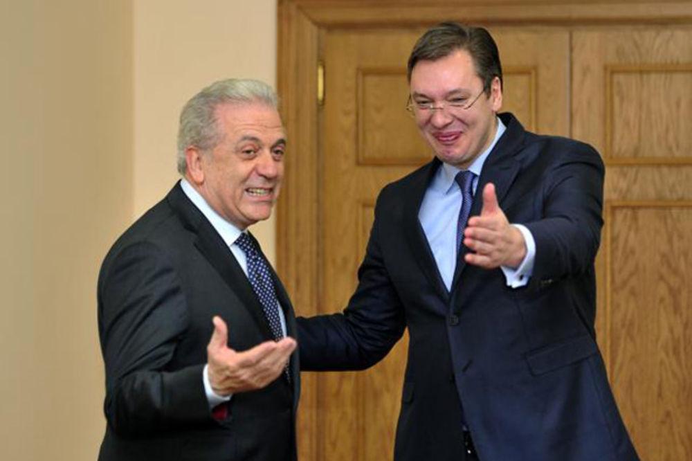 Vučić primio Avramopulosa: Srbija nije kriva za migracije!