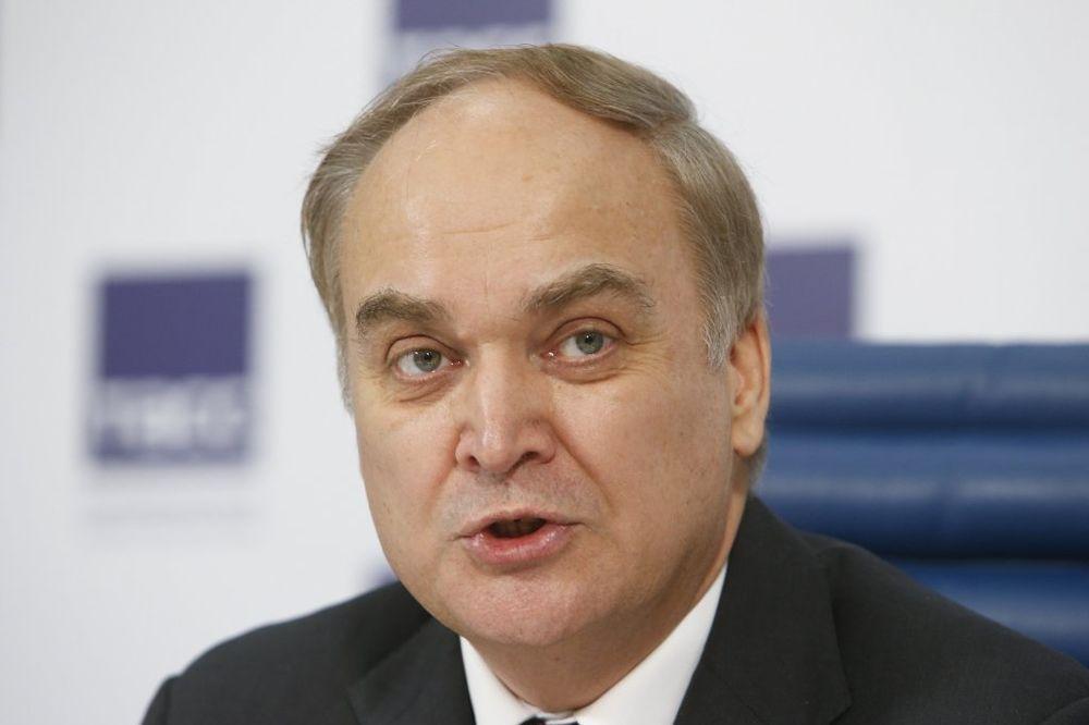 ANATOLIJ ANTONOV: Rusija ne gomila snage duž granice s Ukrajinom