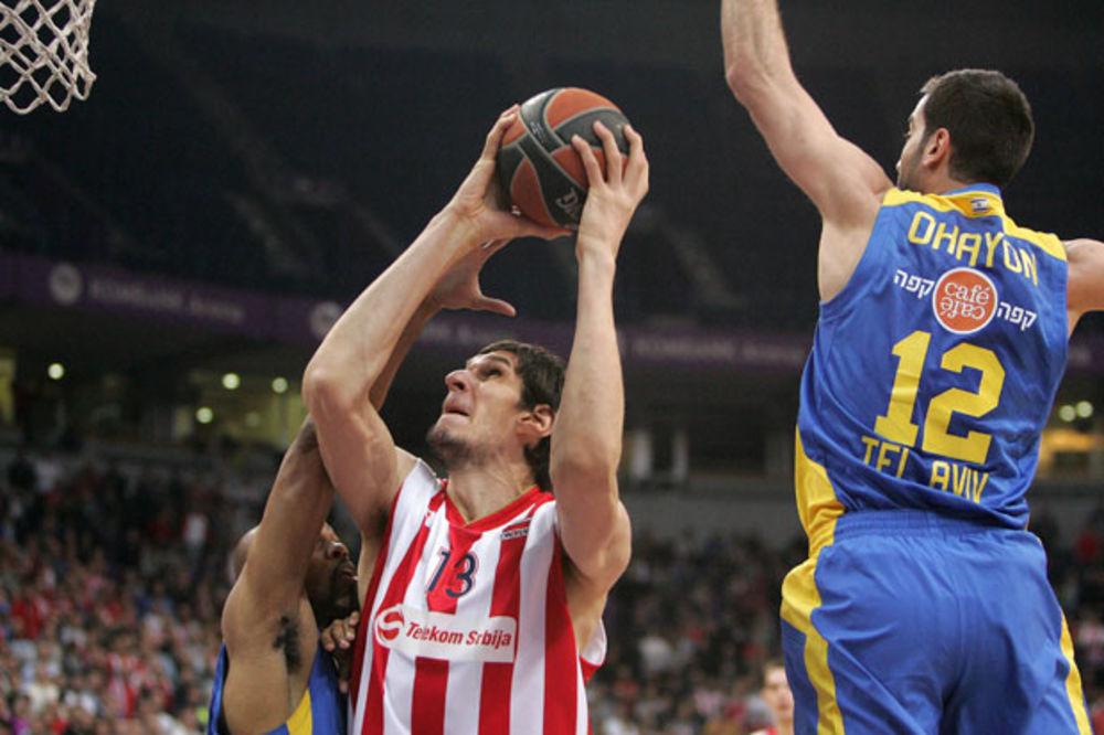 (VIDEO) IZGLEDALO JE STRAŠNO: Bobi Marjanović sa 222 centimetara pao na leđa