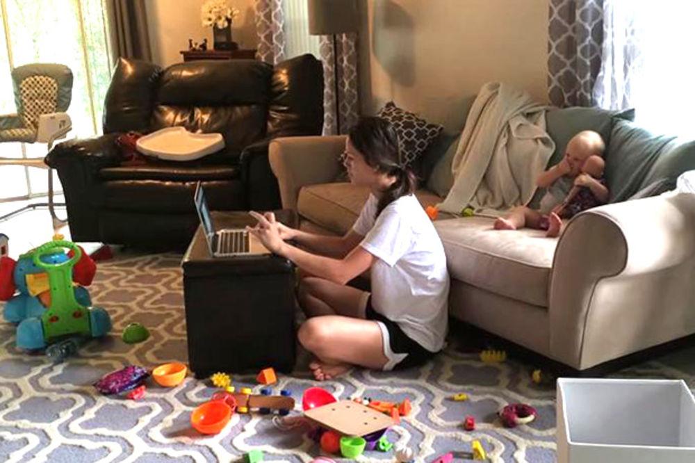 (VIDEO) E, NEĆEŠ: Kako beba reaguje kada nije u centru pažnje?