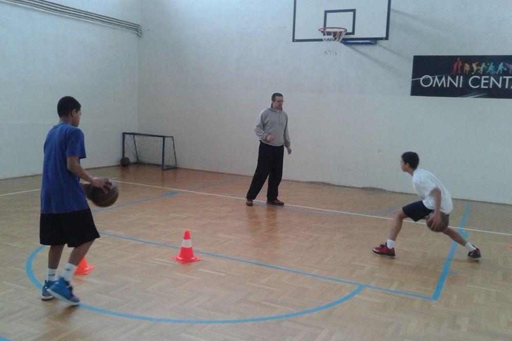 (VIDEO) FRANCUZ RASPAMEĆEN SRBIJOM: Neću trenera Tonija Parkera, košarka se bolje uči u Valjevu