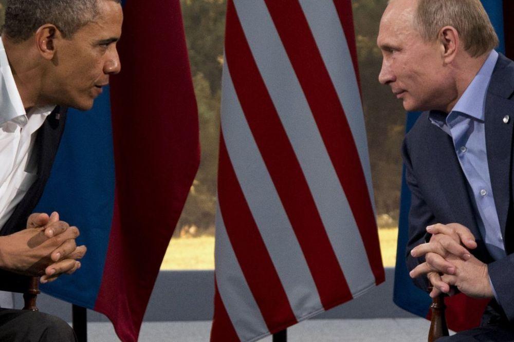 BELA KUĆA SE POHVALILA: Putin zvao Obamu, pričali su o Ukrajini, ISIL i Iranu