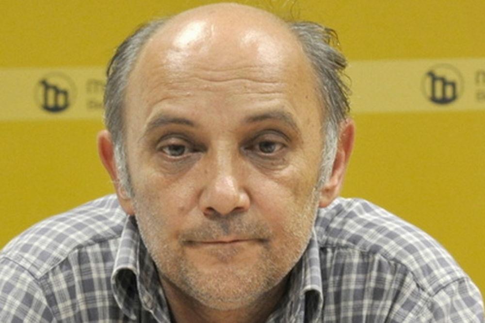 Milenković: Premijer da pokaže kako može da se živi sa 25.000 mesečno