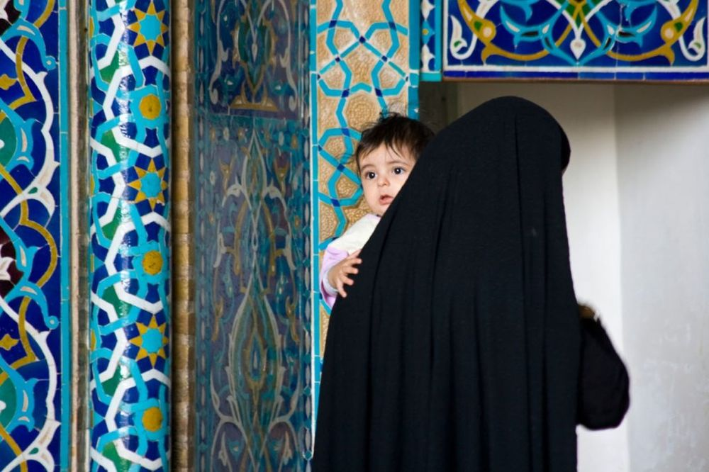 PONIŽAVAJUĆI PODACI: Žene u Iranu su mašine za rađanje beba