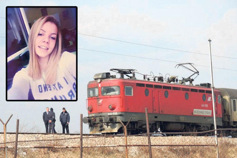 PREČICOM U SMRT: Jana (15) zbog slušalica nije čula voz koji je proradio posle godinu dana